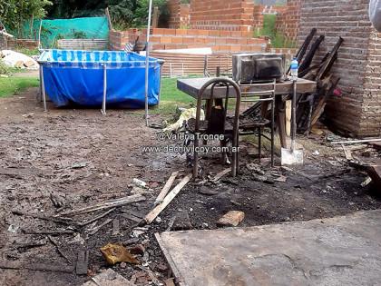 02-03-16-Casa-quemada-2