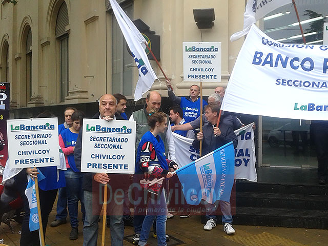 06-04-16-bancarios-provincia-2