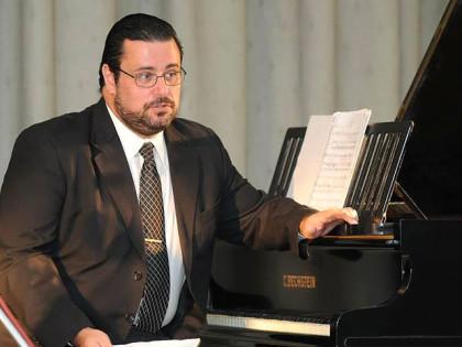 Nuevo director del Coro de la Sociedad Francesa