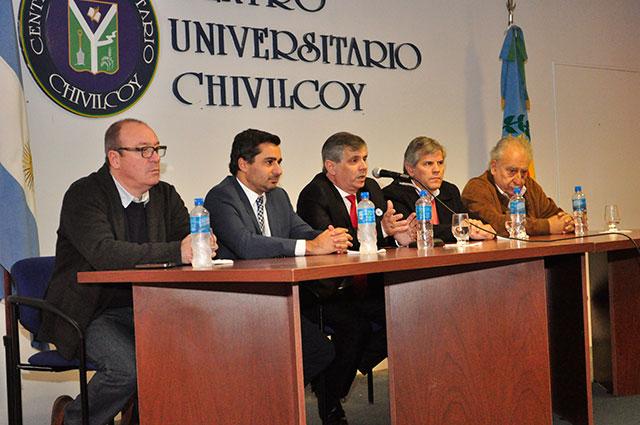22-05-16-La-Municipalidad-firmó-un-Convenio-Marco-con-la-Universidad-de-Lomas-de-Zamora-3