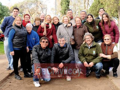 Torneos Abuelos Bonaerenses:  Etapa local de tejo en la Plaza Varela