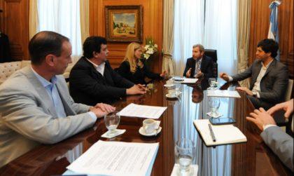García De Luca recibió pedido de alcaldes para la llegada de Gendarmería