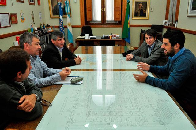 La-Municipalidad-llegó-a-un-acuerdo-con-Personal-por-las-líneas-de-teléfonos-celulares-1