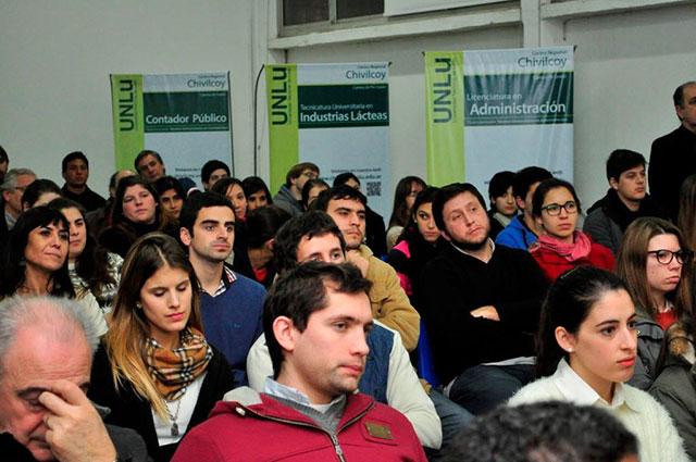 Se-desarrolló-un-acto-en-el-Centro-Regional-Chivilcoy-de-la-Universidad-Nacional-de-Luján-4