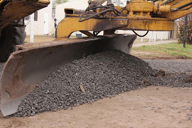 Se-realizaron-trabajos-de-mejoramiento-en-calles-y-cunetas-del-Barrio-25-de-Mayo-4