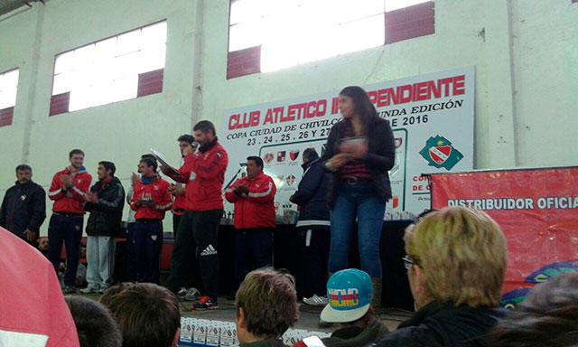 Funcionarios-fueron-distinguidos-en-el-Torneo-de-Fútbol-Infantil-del-Club-Independiente-3