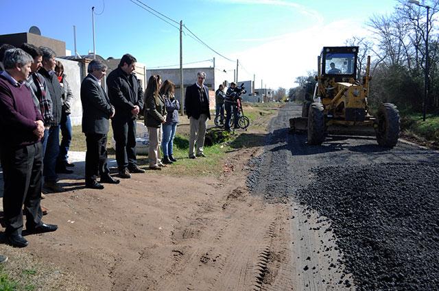 Se-realiza-el-mejorado-de-las-calles-del-barrio-Procrear-I-3
