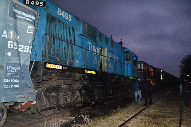 choque-de-trenes-en-rawson-1