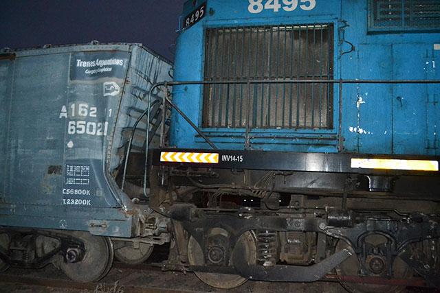choque-de-trenes-en-rawson-12