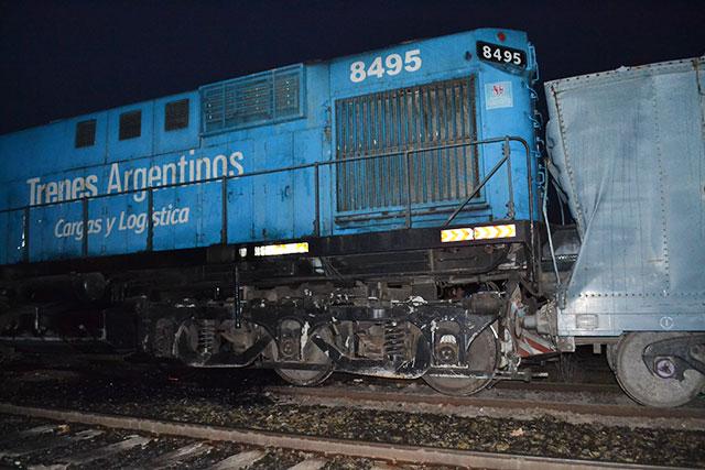 choque-de-trenes-en-rawson-3
