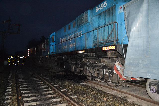 choque-de-trenes-en-rawson-4