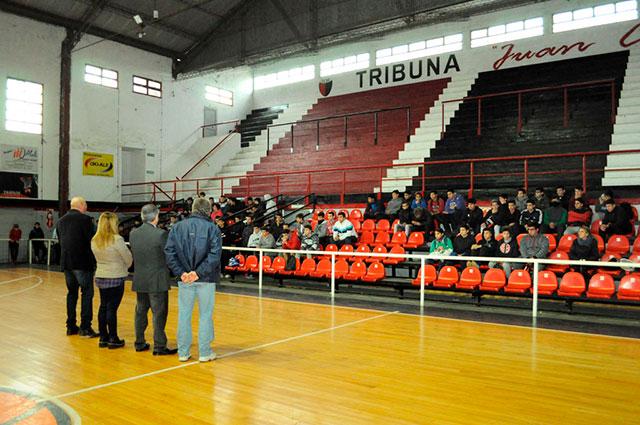 Comenzó-el-torneo-intercolegial-de-handball-2