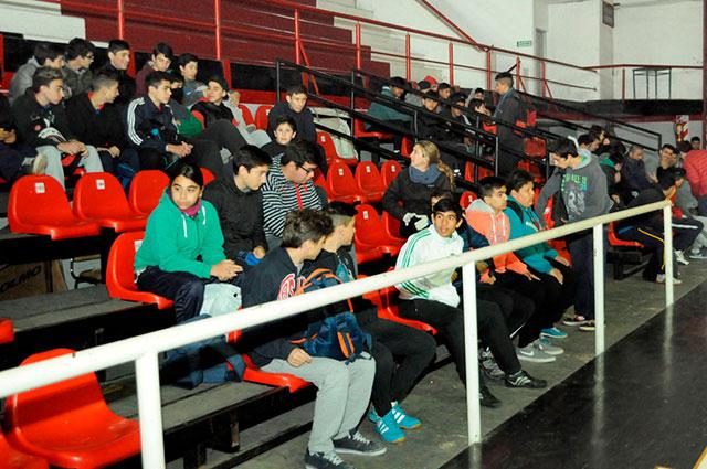 Comenzó-el-torneo-intercolegial-de-handball-3