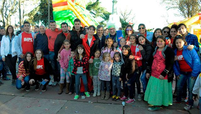 Festejo-del-Día-del-Niño-en-Moquehuá-6