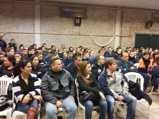 Jornadas-de-reflexión-en-el-SUM-del-Barrio-ADAS-2
