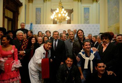 La Cámara de Diputados de la Nación distinguió a artistas del folklore