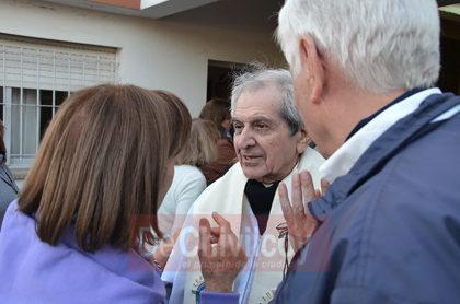 Padre-Troncoso-–amigo-personal-del-Papa-1
