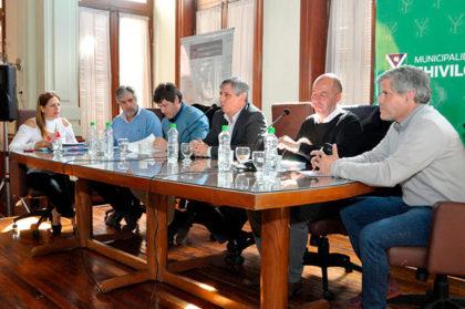 Sesión-de-Comisión-de-Producción-y-Comercio-Interior-de-la-Cámara-de-Diputados-1
