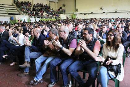 1500-estudiantes-recibieron-su-beca-4