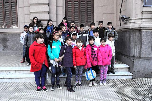 alumnos-del-centro-complementario-florencio-varela-visitaron-tecnopolis-1