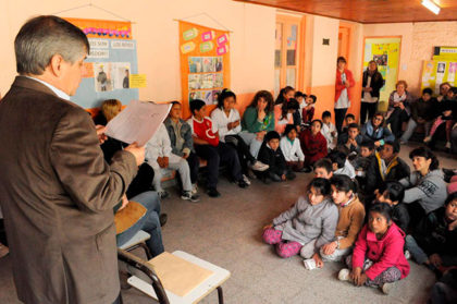 El Intendente participó de la Maratón de Lectura de la Escuela Primaria Nº 43