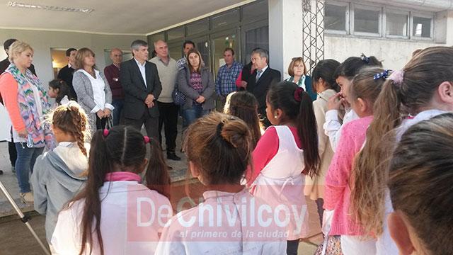inauguracion-de-banos-en-la-escuela-primaria-de-gorostiaga-2