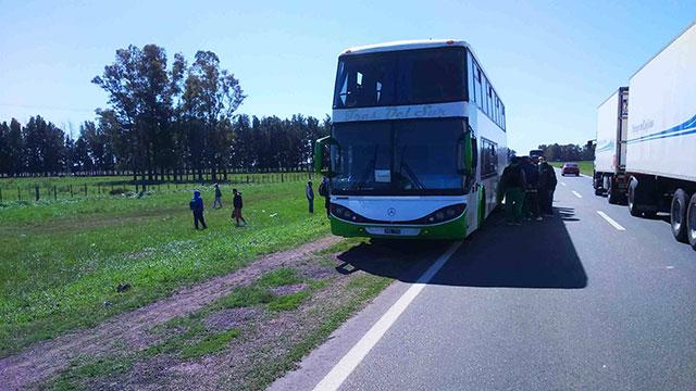 incidente-vial-protagonizado-por-un-omnibus-doble-piso-7
