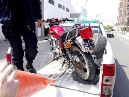 Secuestran varias motos y detectan un caso de alcoholemia positiva