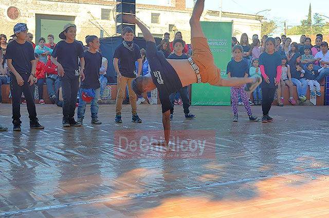 09-10-16-desarrollo-social-en-la-plaza-espana-2