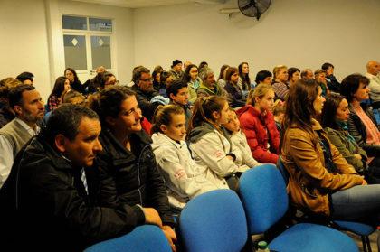 reconocimiento-a-la-delegacion-chivilcoyana-de-los-juegos-bonaerenses-2016-2