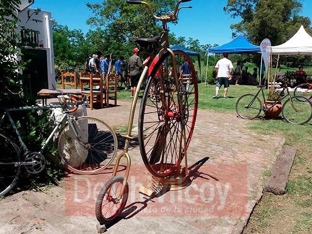 06-11-16-encuentro-de-bicicletas-antiguas-15
