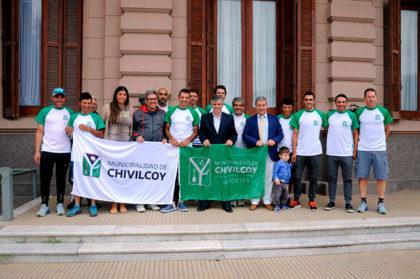 El intendente despidió al equipo de ciclismo Ciudad de Chivilcoy