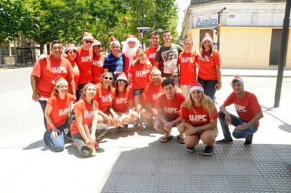 Unión de Jóvenes por Chivilcoy regaló juguetes en barrios de la ciudad