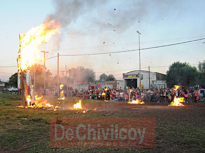 quema-del-muneco_006