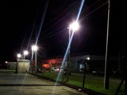 Luminarias en el Parque Industrial