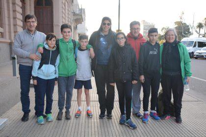 Alfredo De Lillo recibió a jóvenes competidores de atletismo