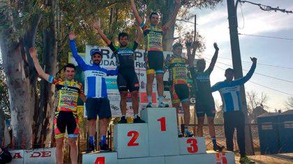 """El equipo de ciclismo Ciudad de Chivilcoy participó del 14º Gran Premio """"Ciudad de Río Tercero"""""""