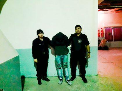 Un detenido por robo y daño