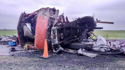 Violento choque de camiones en el Km. 134 de la Ruta 5