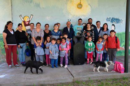 El intendente entregó un equipo de música al Jardín de Gorostiaga