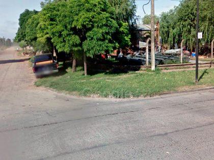 Un automóvil y una motocicleta colisionaron en la Avenida de Tomaso