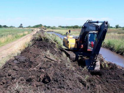 La Municipalidad continúa afianzando los caminos rurales