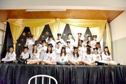 Se entregaron diplomas a egresados de la Escuela Primaria Nº 27