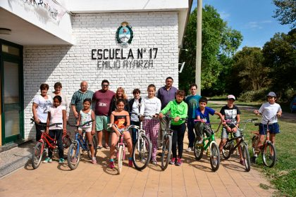 Bicicleteada en la Escuela de Emilio Ayarza