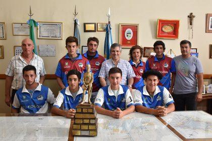 Fueron presentados los equipos de El Fogón que competirán en el torneo de novicios