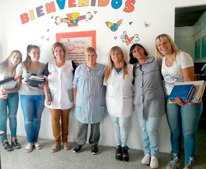 Continúa la entrega de útiles escolares por parte de Unión de Jóvenes por Chivilcoy