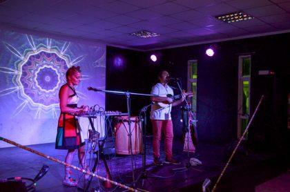El dúo Desierto & Agua: Música Electrónica Ancestral se presentará en Cristálida