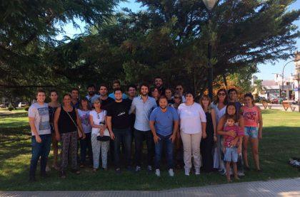 El Dr. José Ferro junto al grupo de Cambiemos realizaron el primer timbreo del año en Chivilcoy