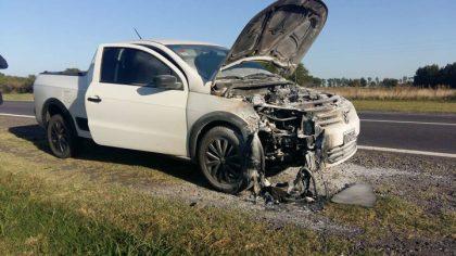 Se incendió un automotor sobre Ruta 5