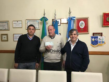 El intendente entregó un subsidio al Club de Ayarza